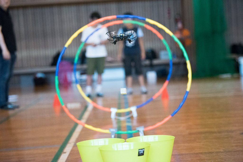 Parrot Mambo|ホビードローンなのに安定ホバリングで仮想DJIドローンの練習に最適