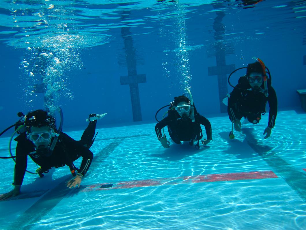 沖縄水中散歩|潜水士になるのが嫌すぎて、沖縄までスキューバダイビングCライセンスを取りに行きました。