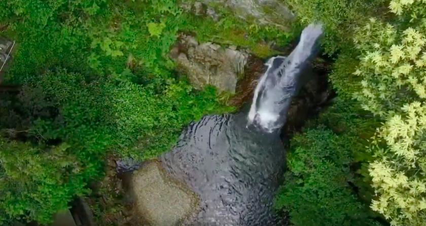 ドローンで『滝』を空撮してみた。