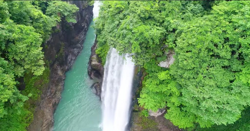 石川ドローン空撮手取峡谷|滝をPhantom4Proで空撮しました。