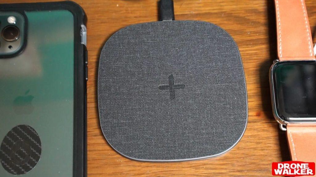 【Amazonで評価高すぎ】peohzarr ワイヤレス充電器