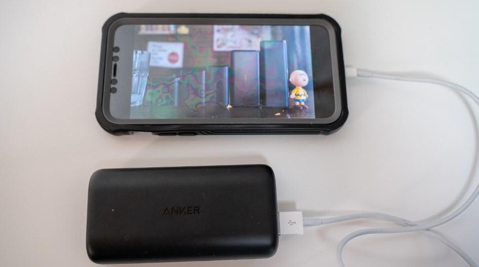 Anker PowerCore 10000 Reduxレビュー【コンパクトで大容量】