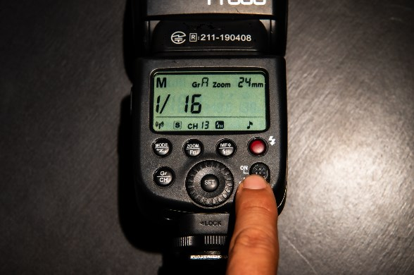 【作例あり】『GODOX TT600』の使い方&ポートレート撮影に挑戦!