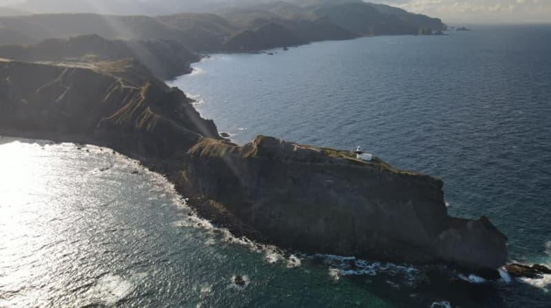 女人禁制の絶壁「神威岬」のブルー